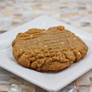 moms peanut butter cookie